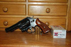 best_shtf_survival_pistol_handgun