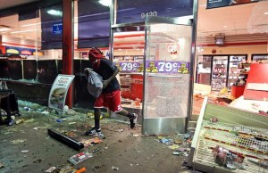 Riots-in-Ferguson-5