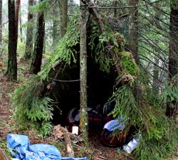 emergency-shelter-camp