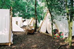 temporary-survival-camp2